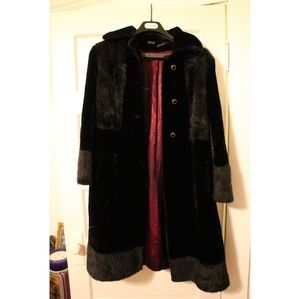 Vintage 60s 70s Black Faux Fur a coat Jacket